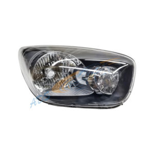 Picanto 2012 Head Lamp Right Side Dark NOT UK TYPE 921021Y010