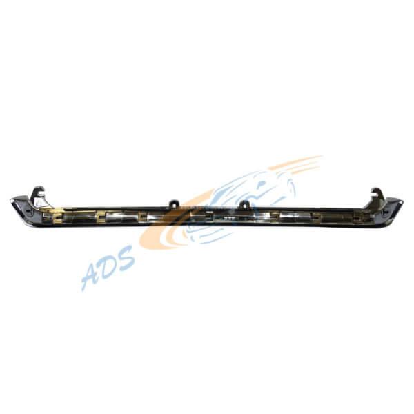 Subaru Forester 2013 - 2015 Grille's Chrome Hood Upper Molding 91121-SG010 2